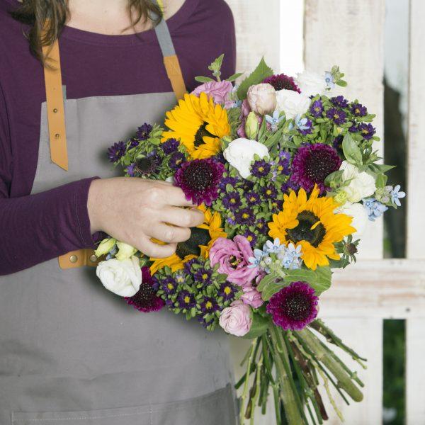 אסופת פרחים מלבבת